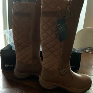 Pacific Mountain Boots NWT Size 6.5